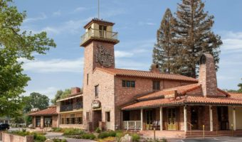Where to Eat: Cattlemen's Lounge at the Paso Robles Inn